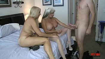 Fucking Mom and Aunt xxx stories
